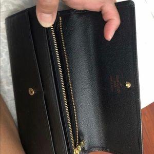 Louis Vuitton Epi Noir Black womens wallet